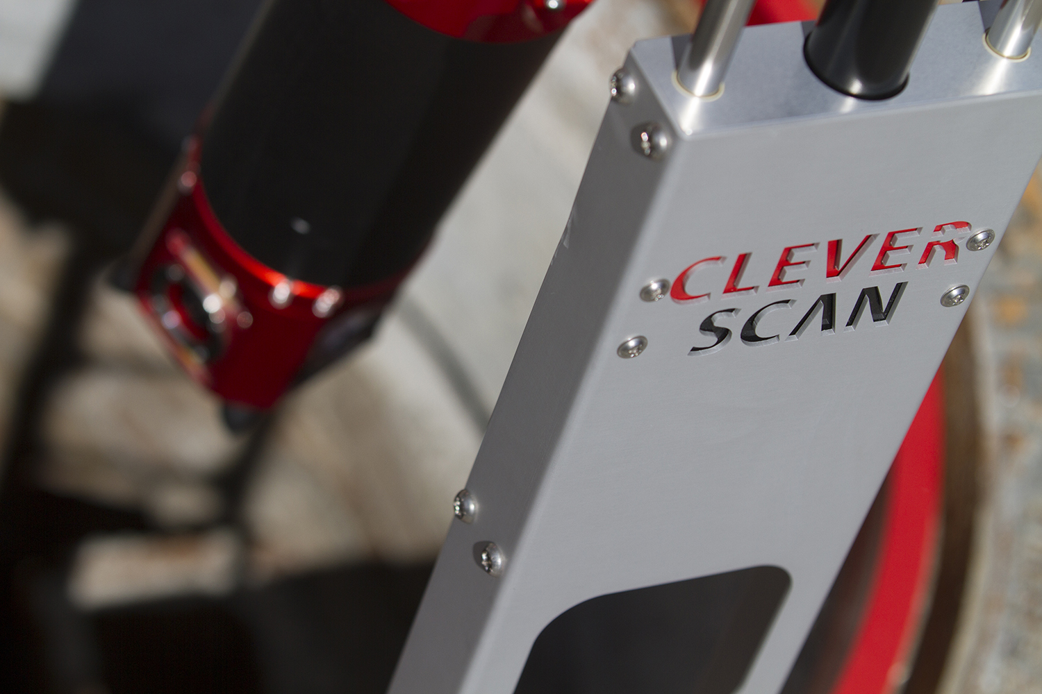 CleverScan is lightweight, mobile and easy to operate
